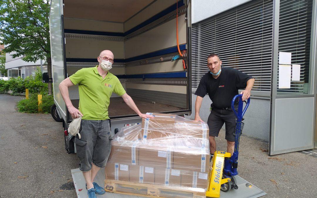 Unsere recycelten Seifen in die Hände von Flüchtlingen auf den griechischen Inseln